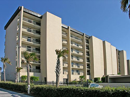 Las Brisas Condominiums in Jacksonville Beach, Florida